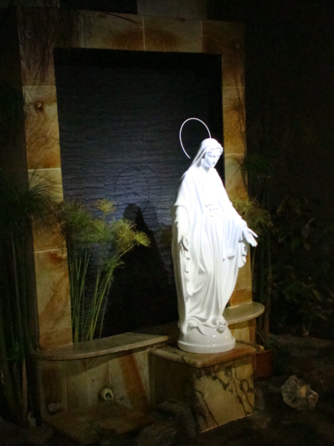 Solar Floodlight for Mother Mary Statue